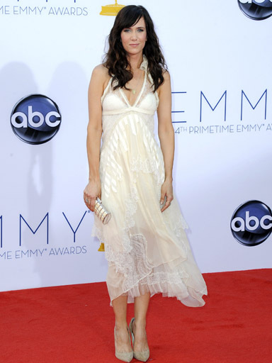 Kristen Wiig Emmy Awards Fashuun Village